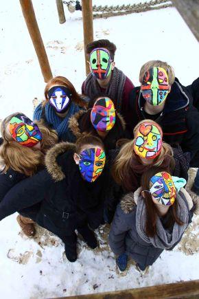 Masken zwischen Gut undBöse